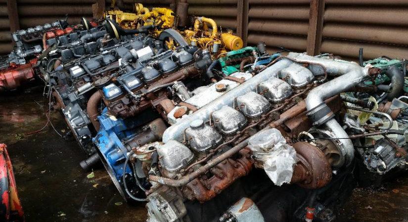 Engine MAN D2566
