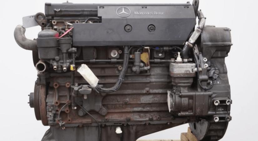 Engine Mercedes OM906LA