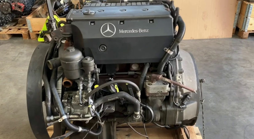 Engine Mercedes OM924LA
